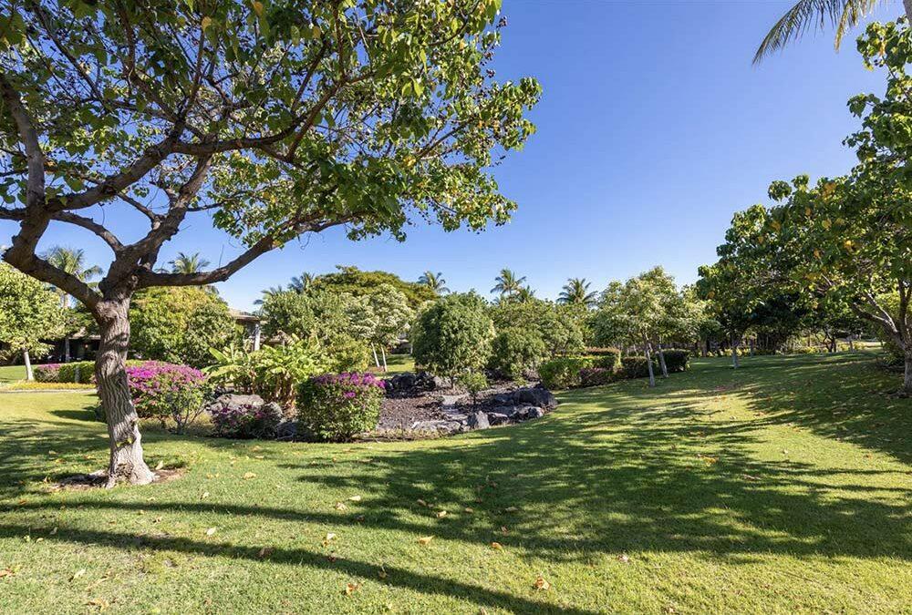 Life, Fairways at Mauna Lani Style